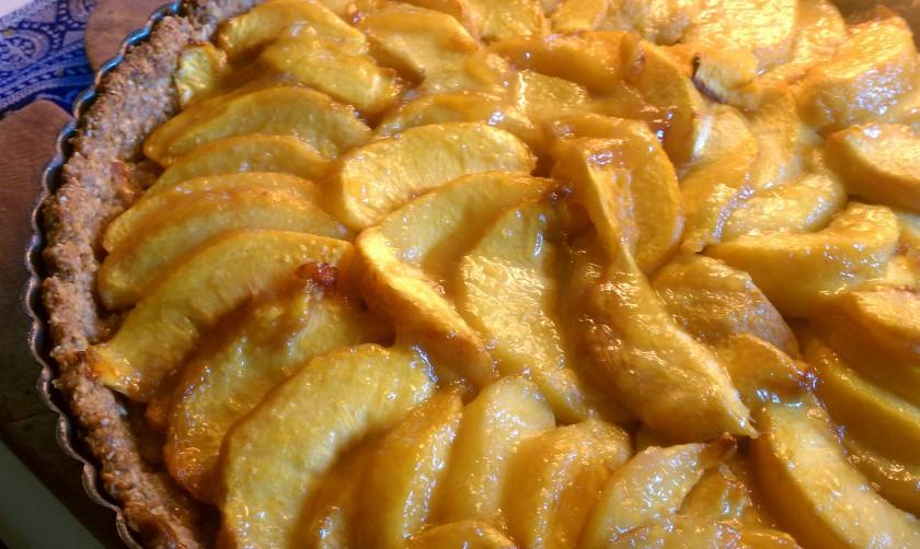 Homemade Peach Tart | ElizabethKeyser